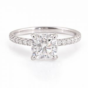 Platinum 950, Cushion cut Diamond Under halo engagement ring 1.00ct